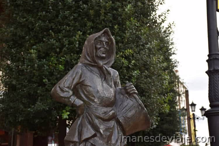 estatuas oviedo