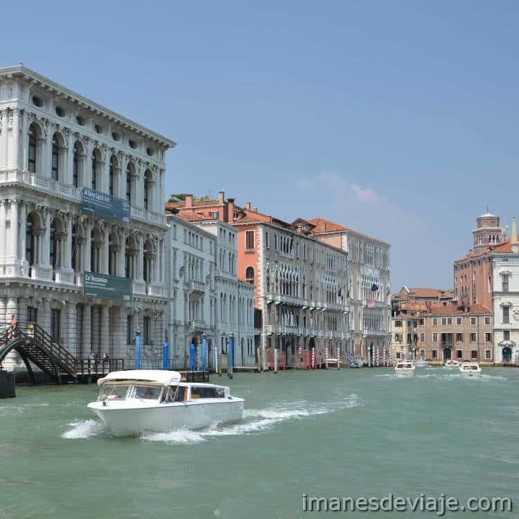 Como moverse por Venecia_Taxi acuatico