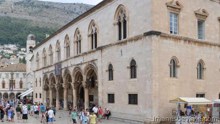 Que ver en Dubrovnik en un día o dos días Palacio del Rector