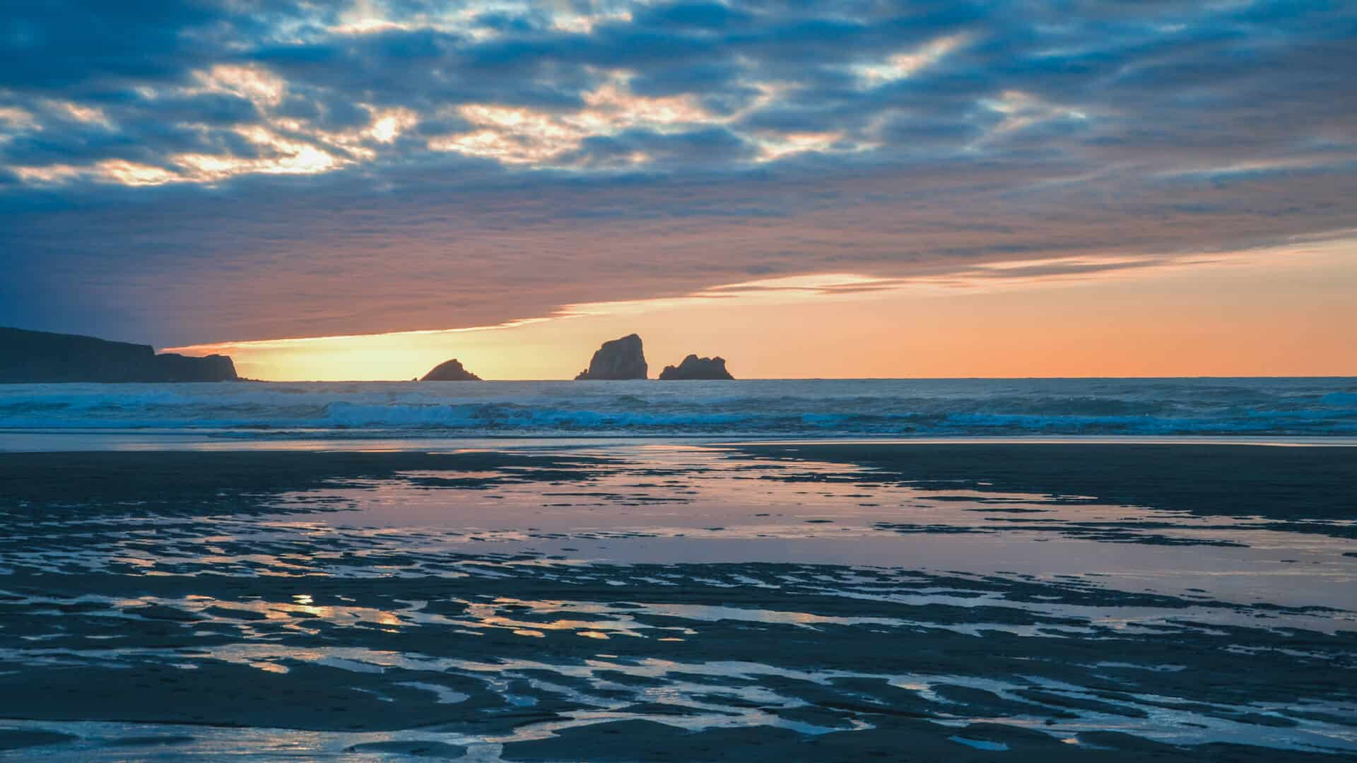 mejores playas cerca de Santander Playa de Valdearenas en Liencres
