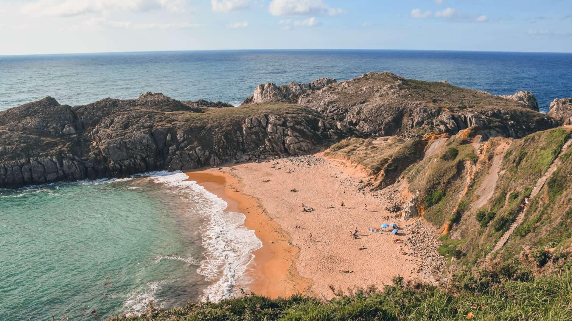 mejores playas cerca de santander somocuevas 1