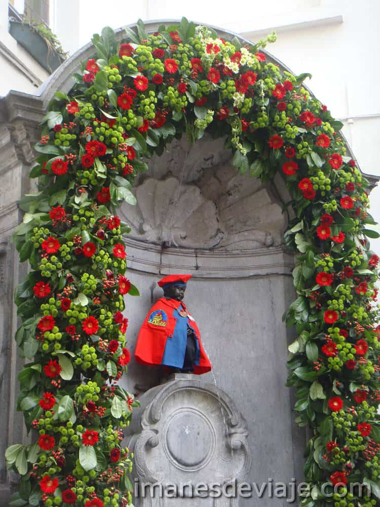 cosas que ver y hacer en Bruselas en un día_Manneken Pis