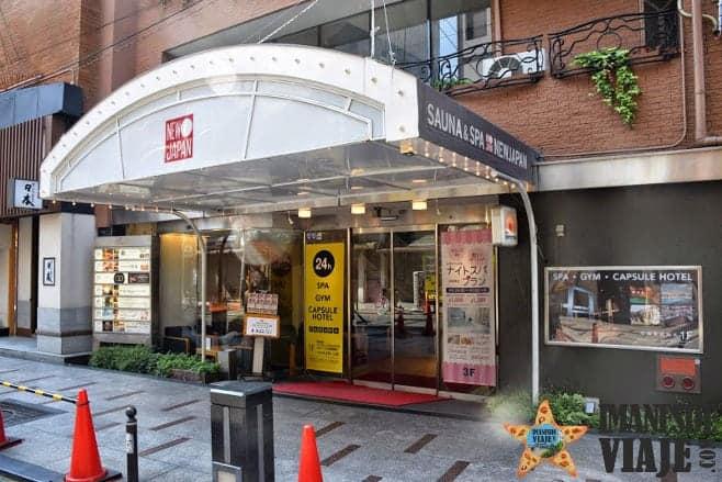 dormir en hotel cápsula en Japón 5