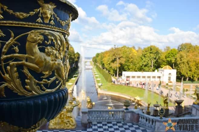 visitar-palacio-peterhof-san-petersburgo-2