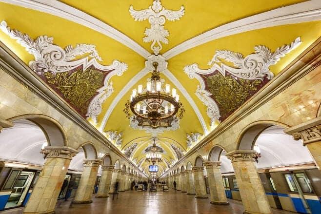 mejores estaciones del metro de moscu y más bonitas