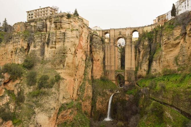 091665bdc689 Los 6 pueblos más bonitos de Málaga. ¿Cuál es tu preferido? - Imanes ...