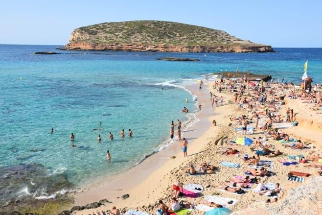 mejores ciudades españolas para ir despedida de soltero Ibiza