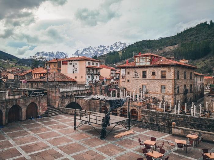Qué Ver En Potes Y Alrededores Picos De Europa Imanes De Viaje