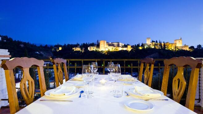 restaurantes con vistas a la alhambra en granda