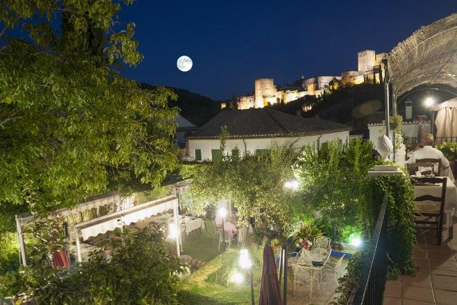 restaurantes con vistas a la alhambra de granada