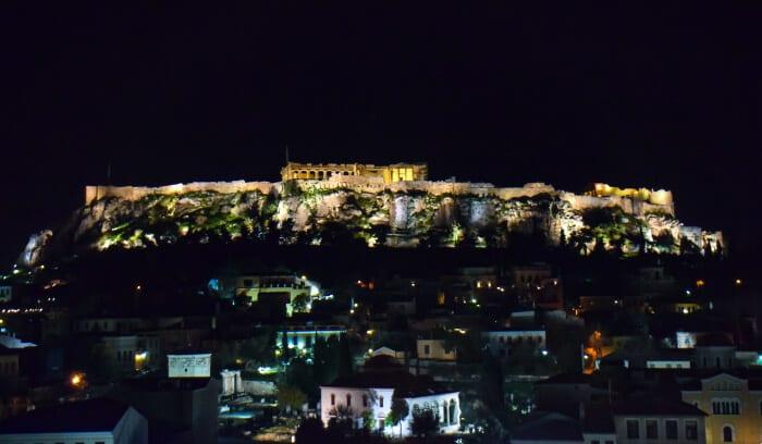 Que ver en Atenas: Acrópolis iluminada de noche