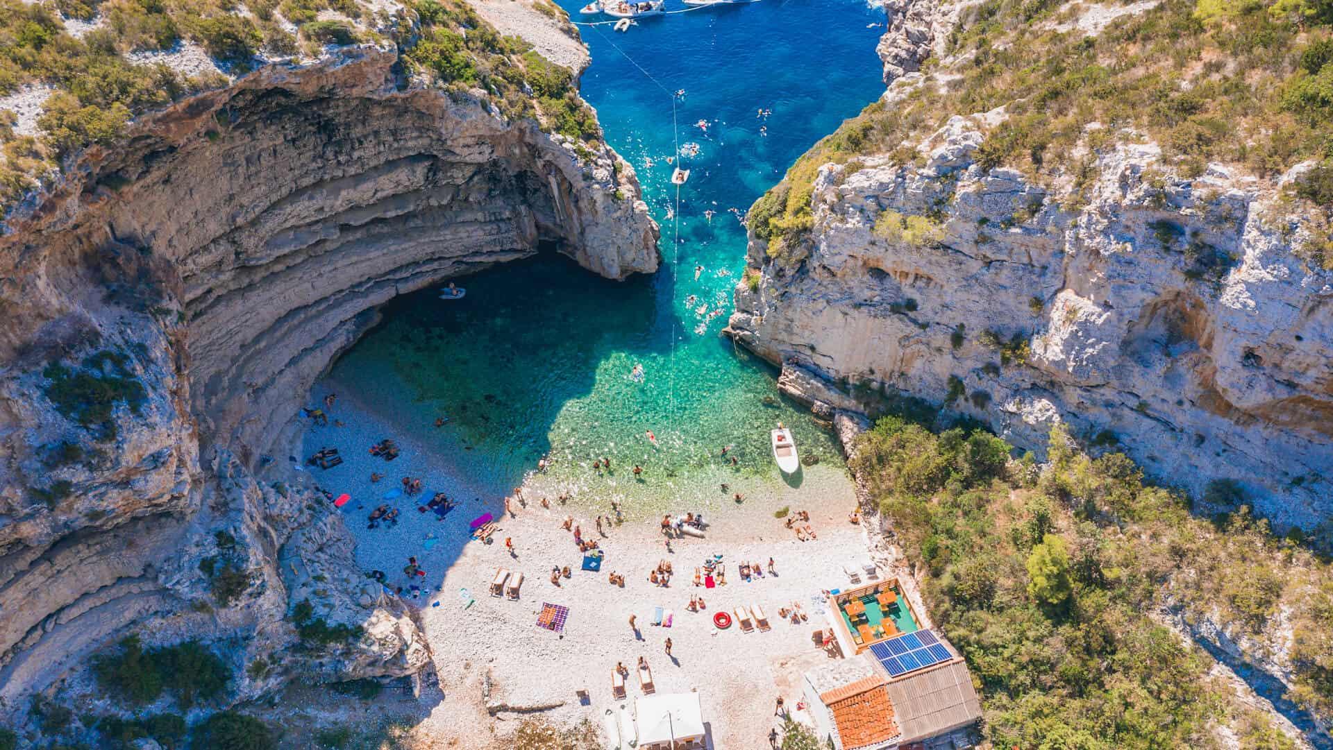 mejores playas de Croacia Stiniva Beach