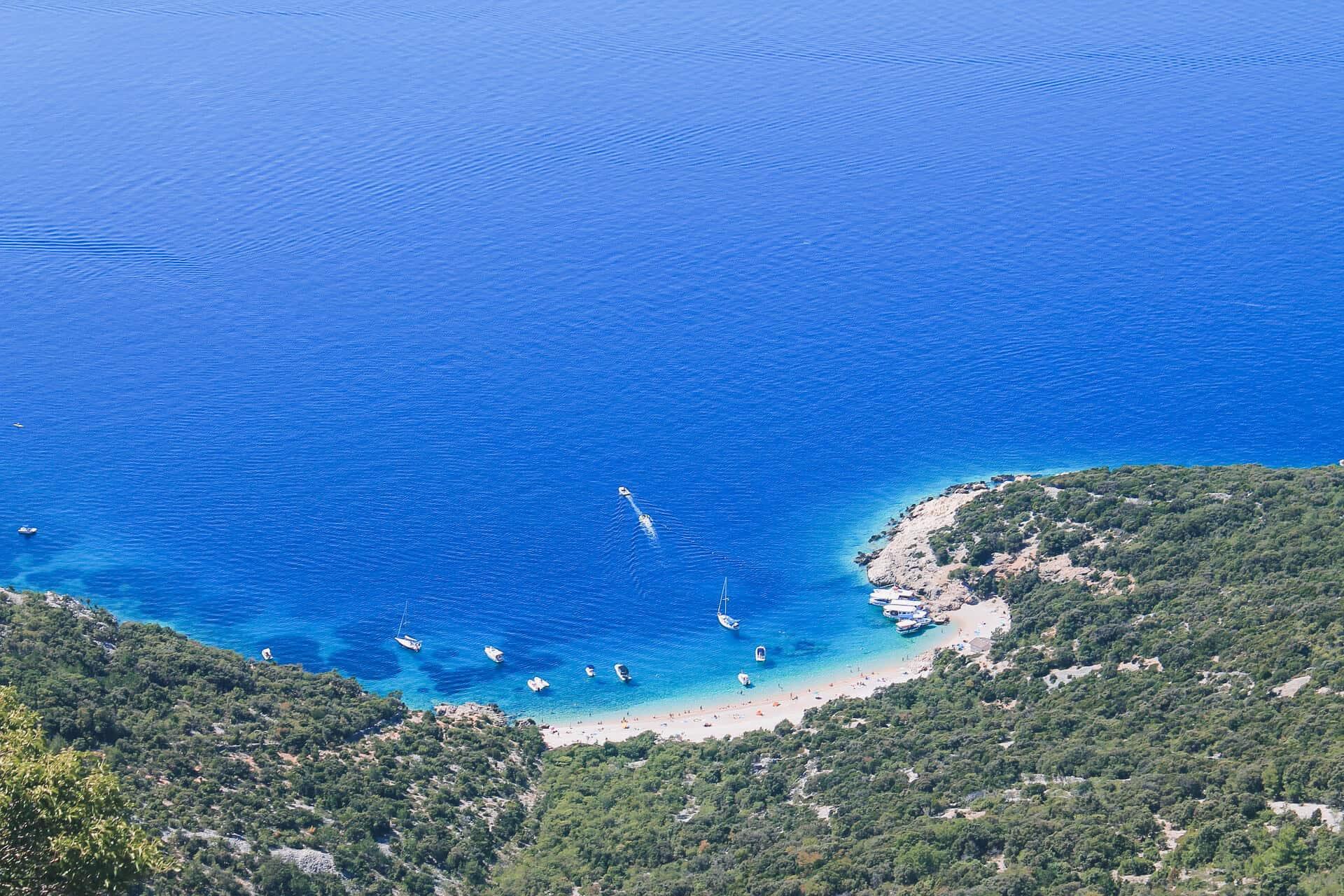 las mejores playas de croacia sveti ivan beach