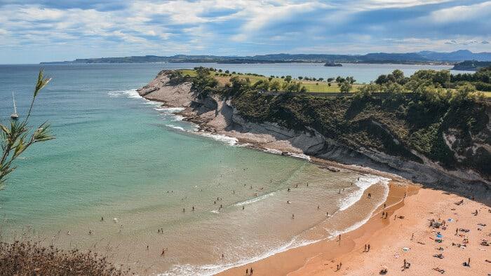 que ver en santander en un dia playa de matalenas