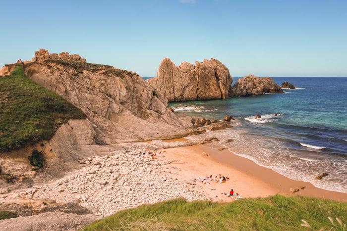 playa de la arnia cantabria
