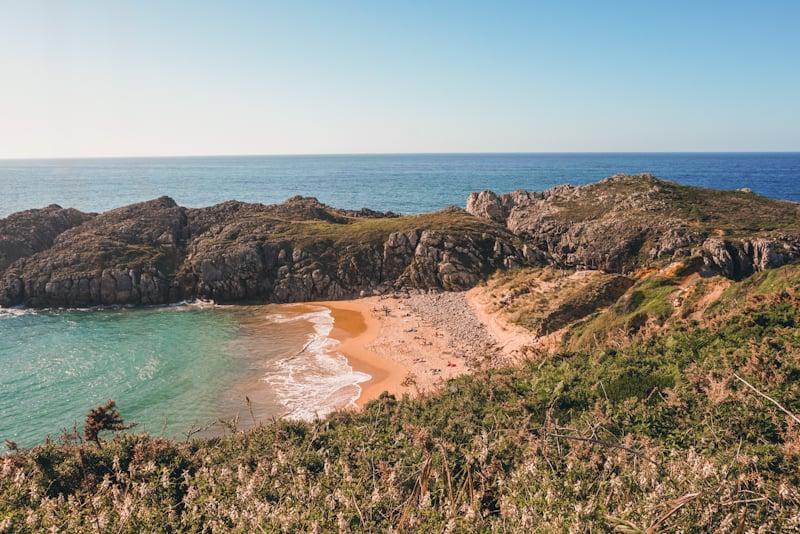 playa de somocuevas costa quebrada