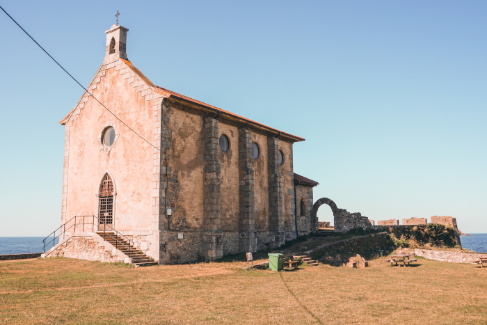 basilica de santa catalina mundaka