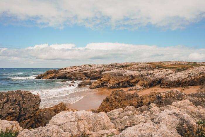 playa de la rosamunda santander